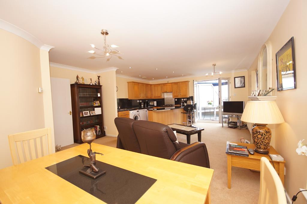 2 Bedroom Apartment For Sale in 20 Queens Road, Hesketh ...