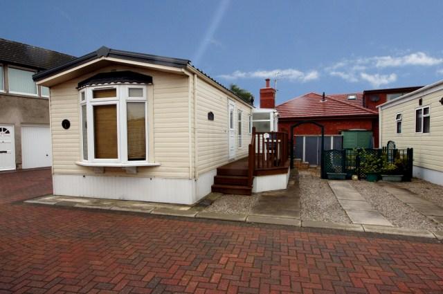 Lastest Bedroom Caravan To Rent In 39Riverside Caravan Park39 Southport New